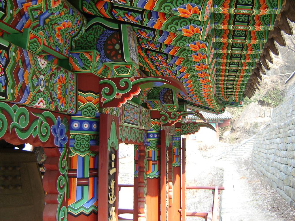Korea-Temple-Cheonan-Seongbulsa-Dancheong